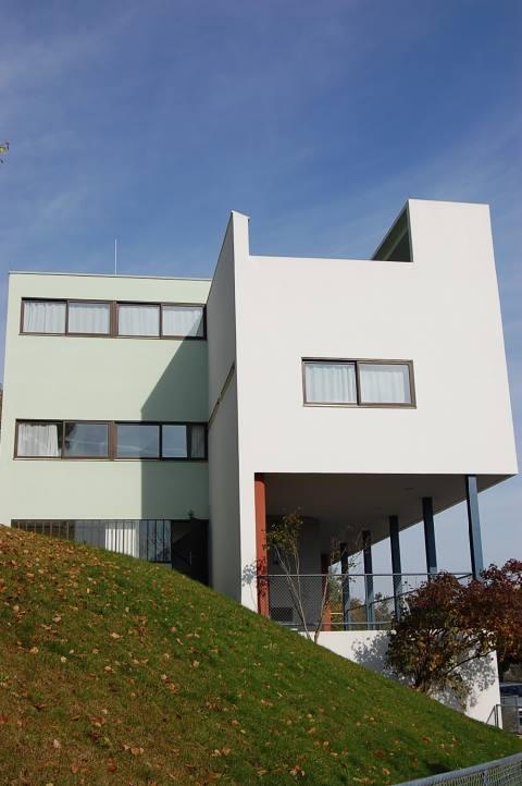 Stuttgart Aktiv - Stuttgart Weissenhof Siedlung
